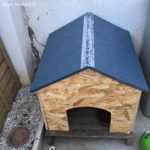 Niche pour chien avec toit etanche